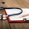 弛緩出血の症状と原因を解説!骨盤ベルトによる予防法と双手圧迫法や子宮収縮薬の投与による対処法