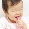 赤ちゃんの歯がはえてきて嬉しい反面、いつからどう歯磨きしたら良い?私の体験談