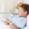 子供の嘔吐、熱なしの場合は?原因や症状、考えられる病気をご紹介