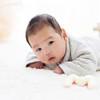 赤ちゃんのうつぶせ練習は首すわりに有効!