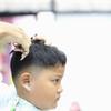 子供のヘアカットはママの出番!自宅で髪を切るコツと男女別おすすめスタイル