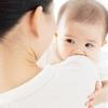 赤ちゃんへのスキンシップの効果とは?抱っこや添い寝が新生児の発育に与える影響を解説!
