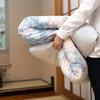 なんだか寒い?妊娠初期に感じる寒気の原因と対策