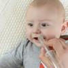 赤ちゃんの鼻水には吸引がおすすめ!原因や出やすい時期、受診のタイミングについて