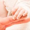 赤ちゃんの利き手っていつ決まるの??赤ちゃんの利き手について