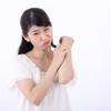 体や陰部の痒みは妊娠初期症状?妊娠中の痒みの原因と8つの対処法