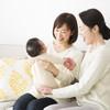 母乳神話だけじゃない!「布おむつが親の愛?」昔の育児を押し付ける母親世代からの世代間ギャップがツラい