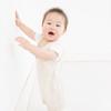 ママが選ぶのには理由があった!赤ちゃんの一人遊びで成長を促す「おもちゃ」の秘密って?