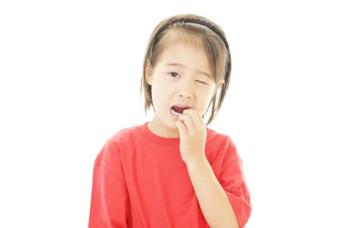 歯が痛い子供