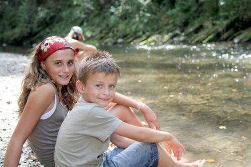 夏を楽しむ子供たち