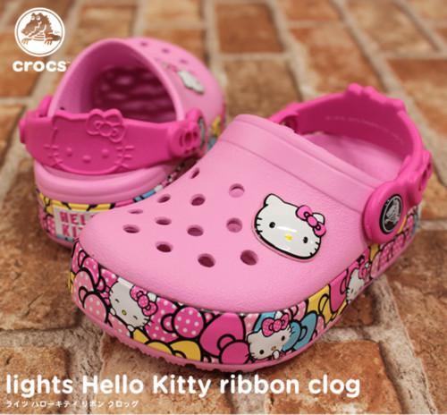 crocs【クロックス キッズ】lights hellokitty ribbon/ライツ ハローキティ リボン クロッグ
