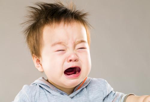 赤ちゃん 涙