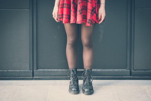 ブーツ 女性 脚