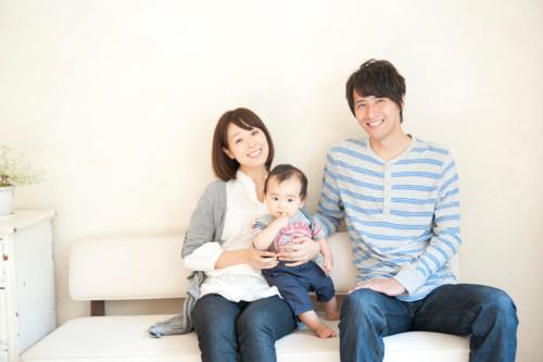 赤ちゃん 家族 日本人