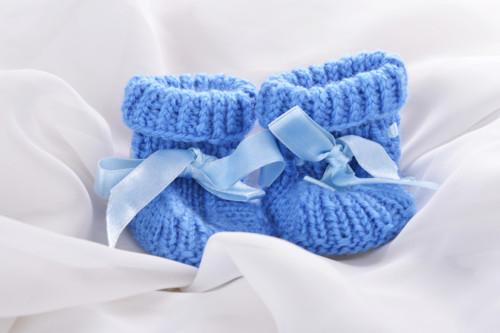 毛糸で作った靴下