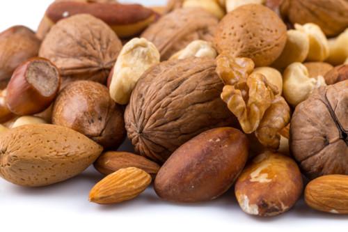 食べづわりでもナッツやゼリーで体重増加を防止しましょう