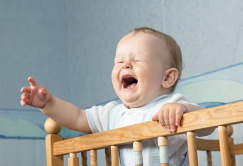 新生児期の赤ちゃんが昼夜逆転してしまったときは…