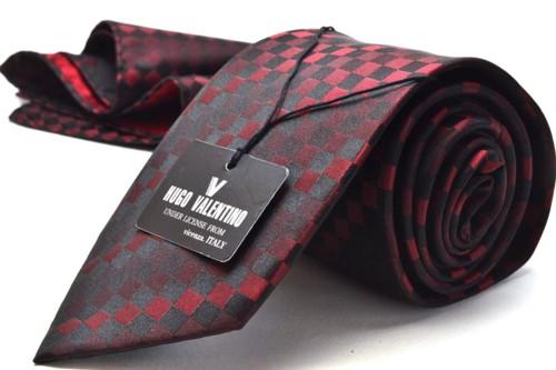 チーフ付ネクタイ