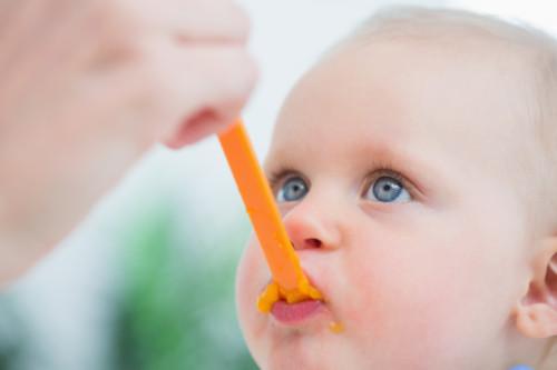 食べるきっかけは、赤ちゃんによって違うと学びました