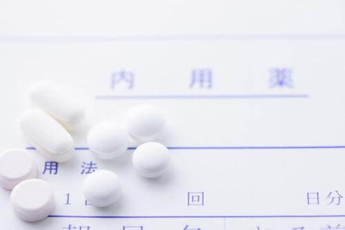アリミデックスの服用期間や用法用量、薬価と添付文書について