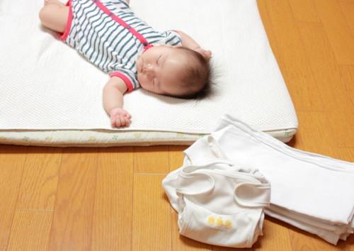 布おむつ 赤ちゃん