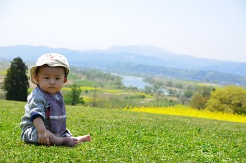 芝生 子供
