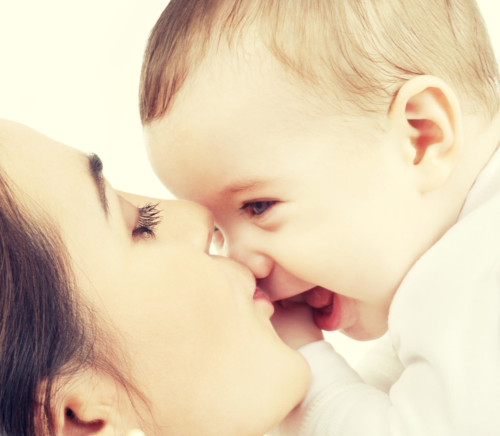 ママ 赤ちゃん キス