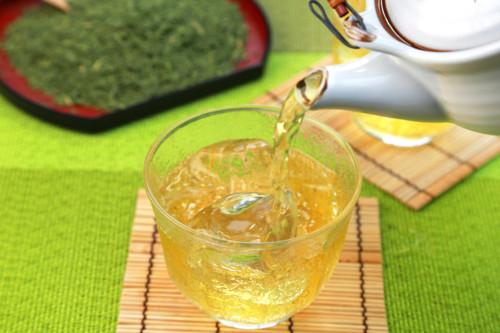 緑茶 冷たい