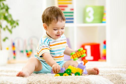 赤ちゃん 遊び場