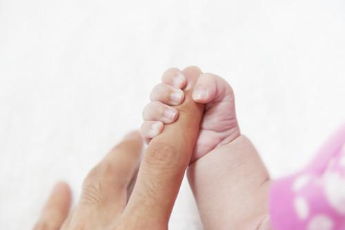 赤ちゃん 手