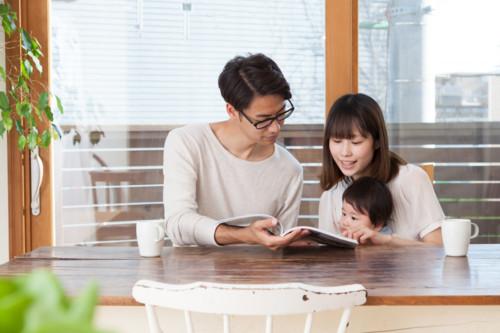 20~30代のママたちに支持されているファッション雑誌「mamagirl」は、2012年8月に創刊。「大人になってもかわいいものが好き」「ママだけど自分のこともいい加減にし