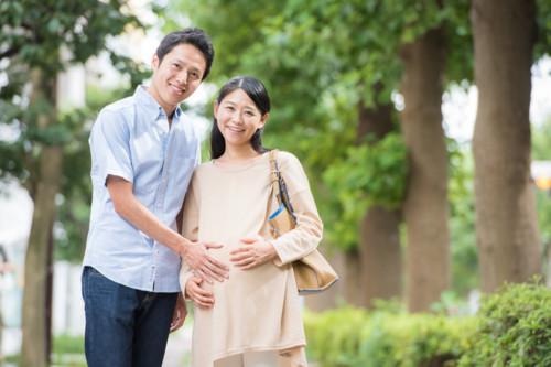 妊婦 幸せ 笑顔